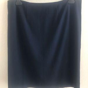 NWT! MERONA. Navy blue pencil skirt.